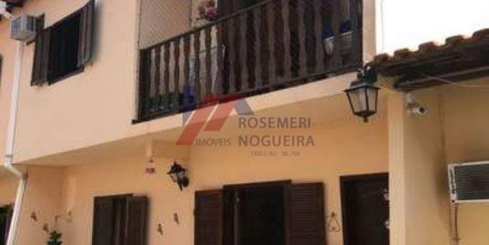 Casa em Condomínio – Palmeiras