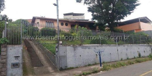 Casa independente – Bairro Lourdes _ Juiz de Fora